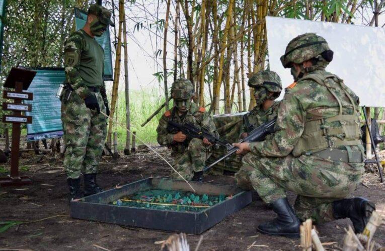 Ejército asumirá control de la seguridad en aeropuertos y carreteras.