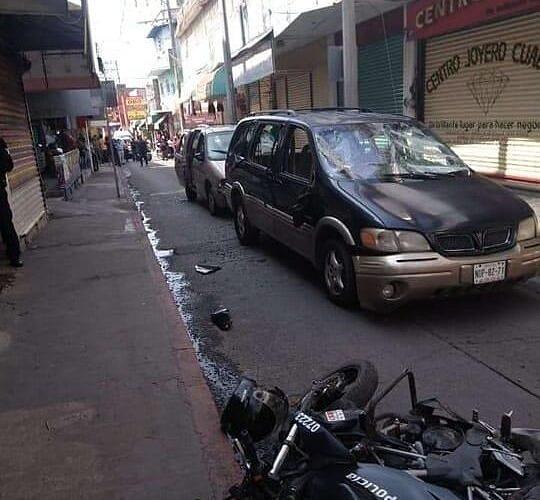 Balacera y persecución durante un asalto al centro joyero de Cuautla.