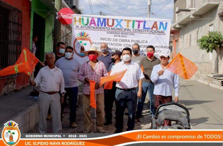 Dió banderazo de obra el edil de Huamuxtitlán; Elpidio Nava Rodríguez.