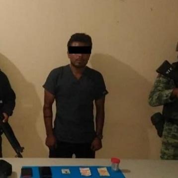 Capturan a sicario del cartel del cida con drogas armas y báscula en Acapulco.