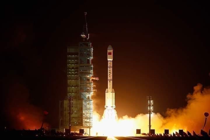 Cohete Chino que despegó hace 5 días se encuentra  FUERA DE CONTROL.