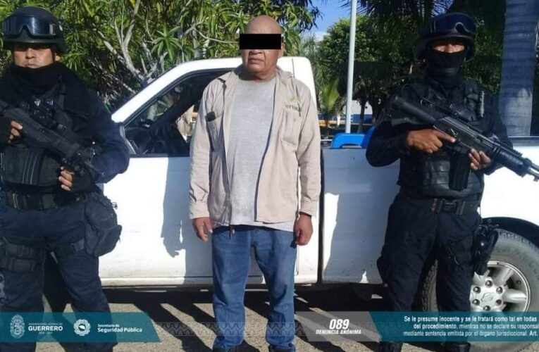 Captura la Policía Estatal a sujeto con una pistola en Copala